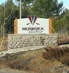 muskoka lakes sign